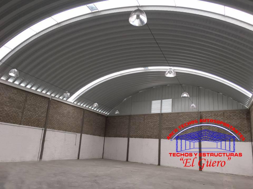 Instalación de techos curvos