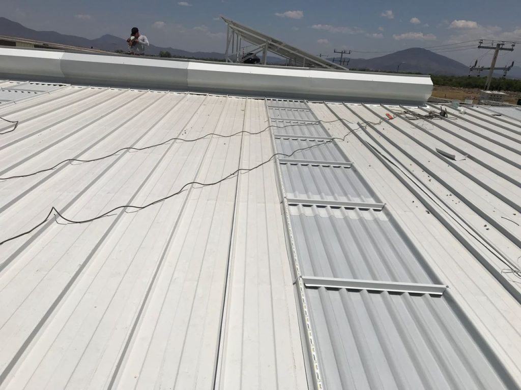 Instalación de lámina Kr18 en Michoacán